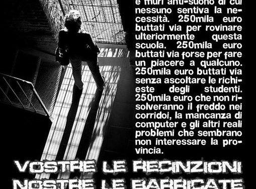Bologna: «La gioventù non s'ingabbia». Così il Blocco Studentesco contro la cancellata del Copernico