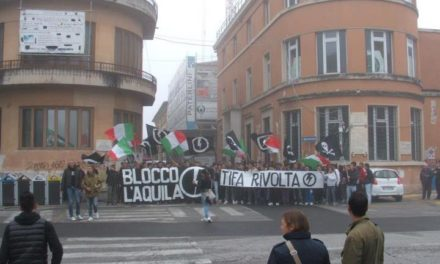 Blocco Studentesco L'Aquila, oltre 200 studenti al corteo dell'ITIS Amedeo di Savoia occupato