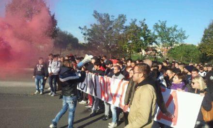 Roma: Blocco Studentesco, Itis Giorgi in sciopero, studenti occupano viale Togliatti