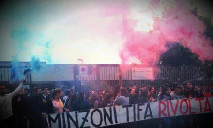 Giugliano (NA): Primo sit-in del Blocco Studentesco con gli studenti dell'IPSSCT Minzoni contro il governo dei baroni.