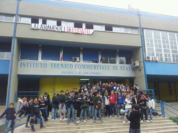 Roma: Blocco Studentesco, occupati Bachelet e Calamandrei, sit-in a Enstein e Spallanzani di Tivoli