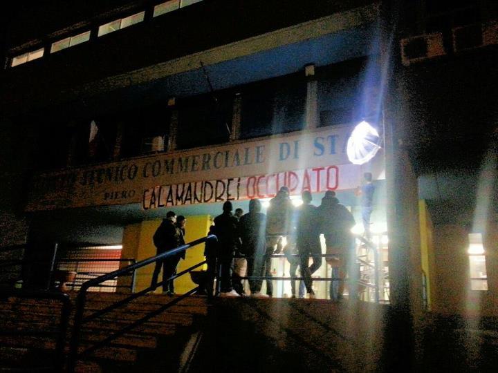 Roma, Blocco Studentesco al fianco degli studenti nell'occupazione del ITC Calamandrei