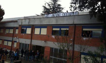 Scuola: Blocco Studentesco e studenti occupano Spallanzani di Tivoli