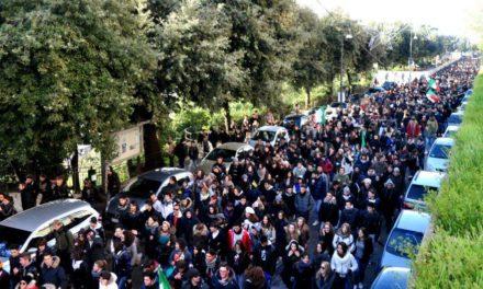 Fermo: 3000 studenti in piazza, anche il Blocco Studentesco tra i promotori della protesta