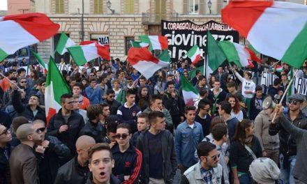 Ascoli Piceno – In 500 in corteo contro il Governo Letta