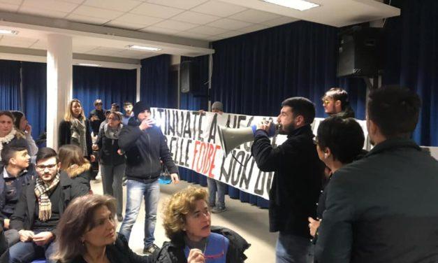 Roma, blitz del Blocco Studentesco alla conferenza dell'ANPI sulle foibe