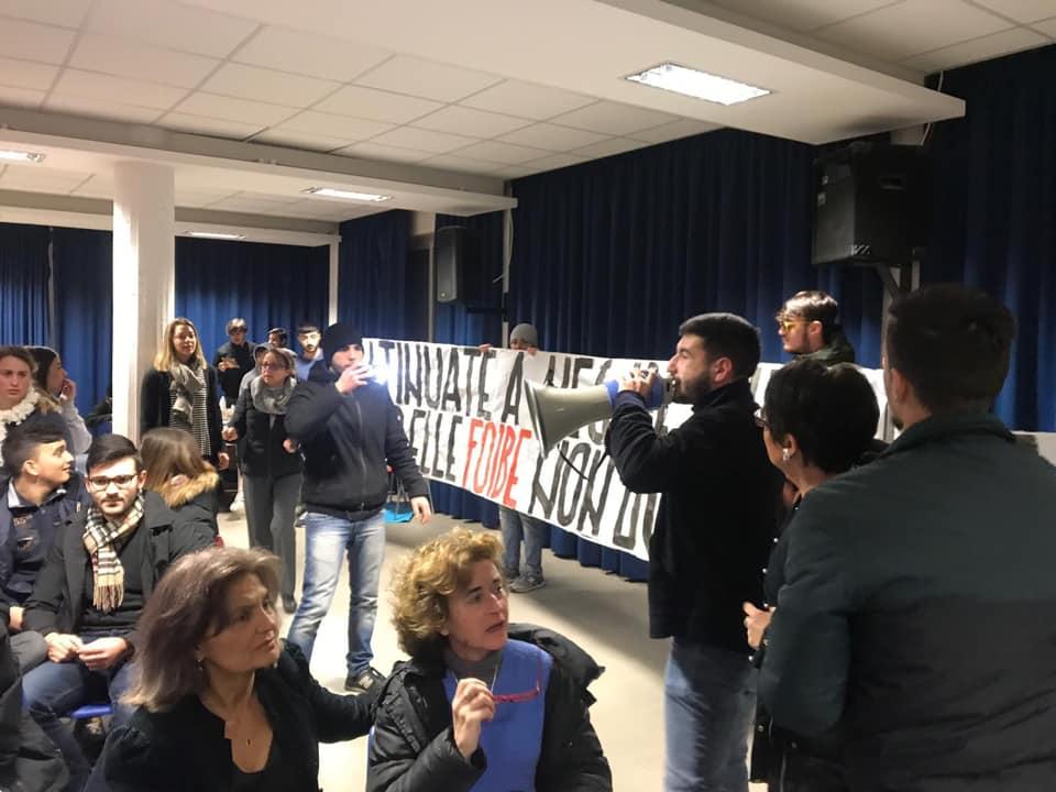 blitz blocco studentesco roma conferenza anpi foibe istituto giordano bruno bufalotta