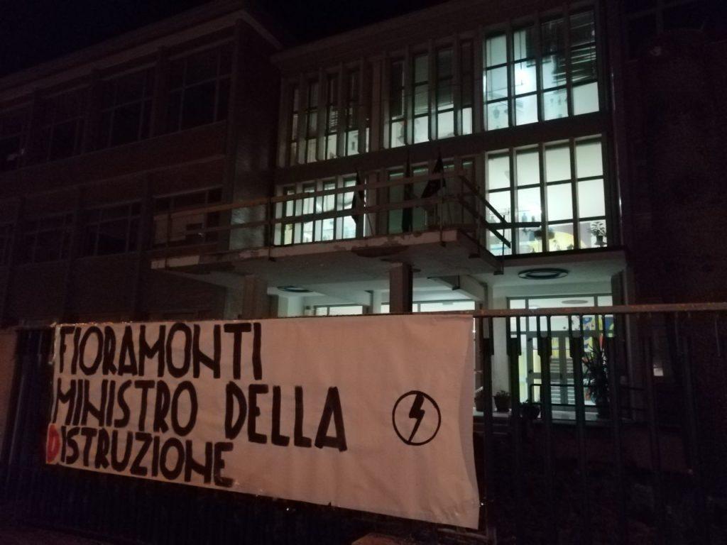 blocco studentesco azione contro ministro lorenzo finamonti greta ambiente distruzione campobasso