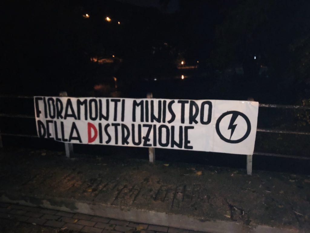 blocco studentesco azione contro ministro lorenzo finamonti greta ambiente distruzione cassino