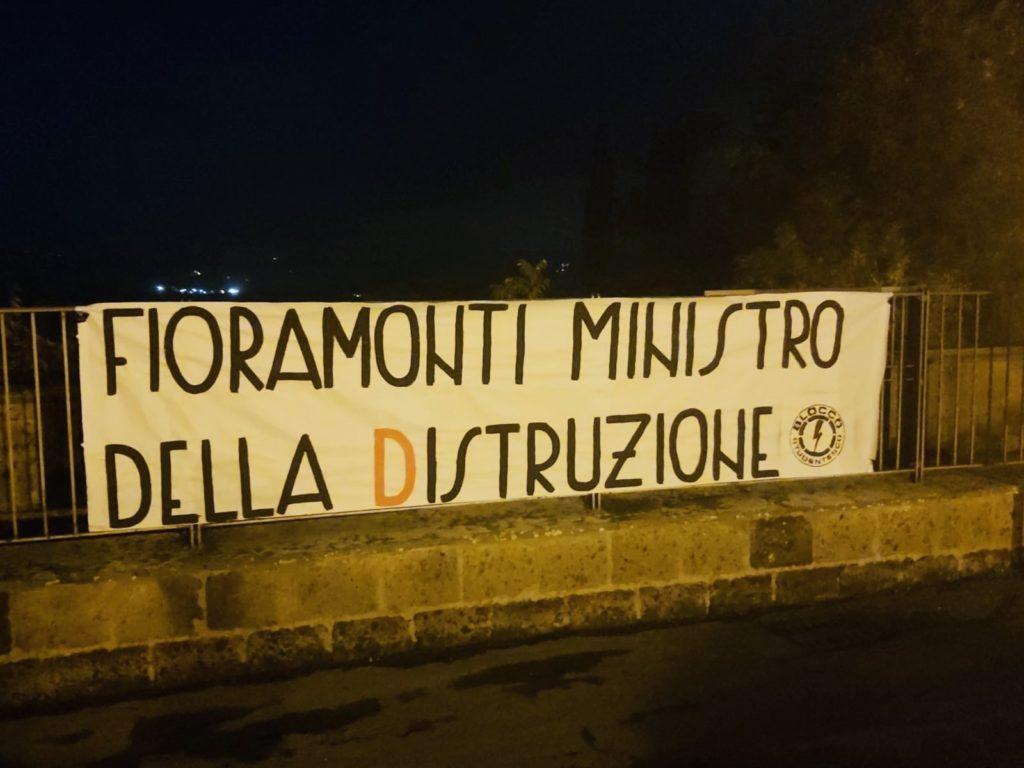 blocco studentesco azione contro ministro lorenzo finamonti greta ambiente distruzione orvieto