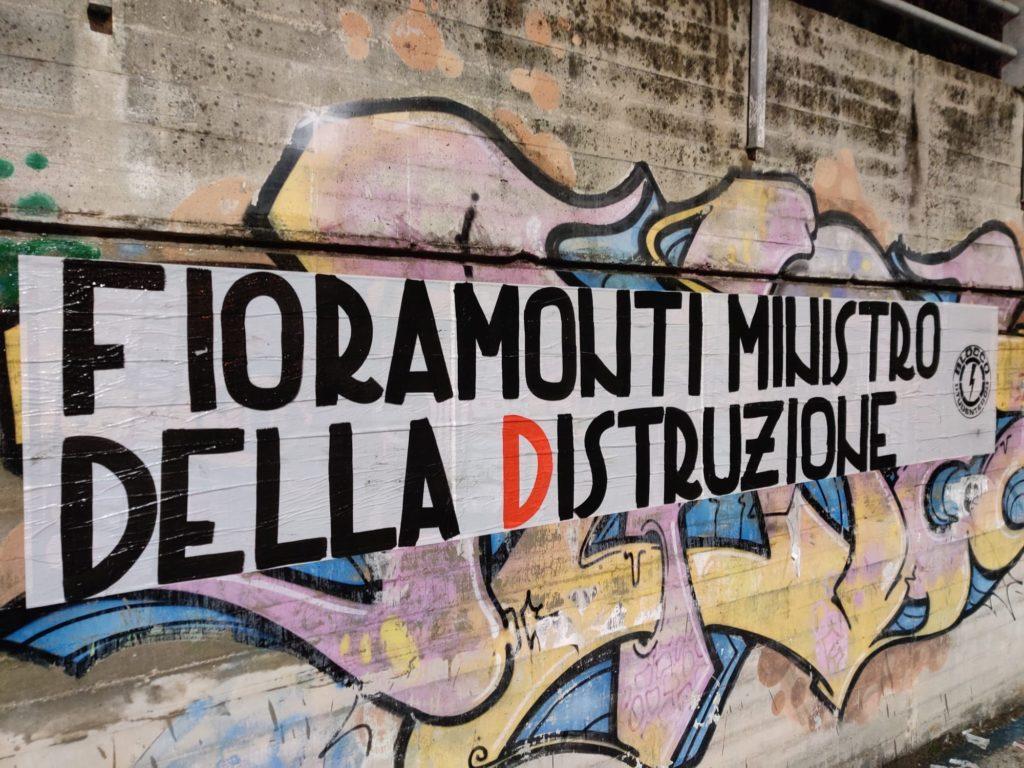 blocco studentesco azione contro ministro lorenzo finamonti greta ambiente distruzione terni