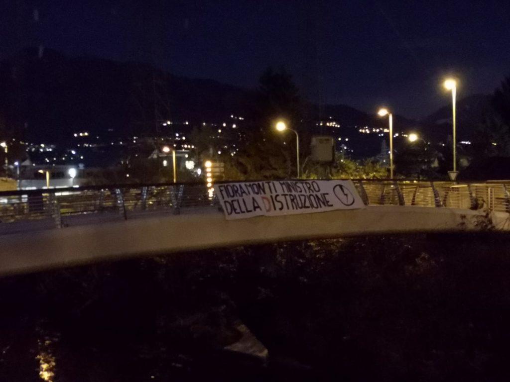 blocco studentesco azione contro ministro lorenzo finamonti greta ambiente distruzione trento