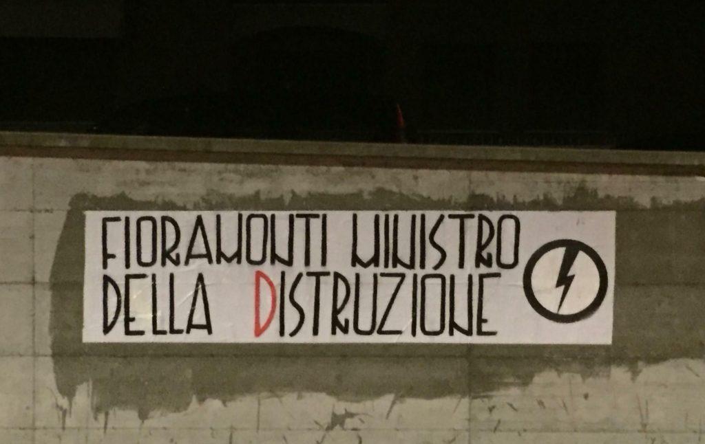 blocco studentesco azione contro ministro lorenzo finamonti greta ambiente distruzione varese