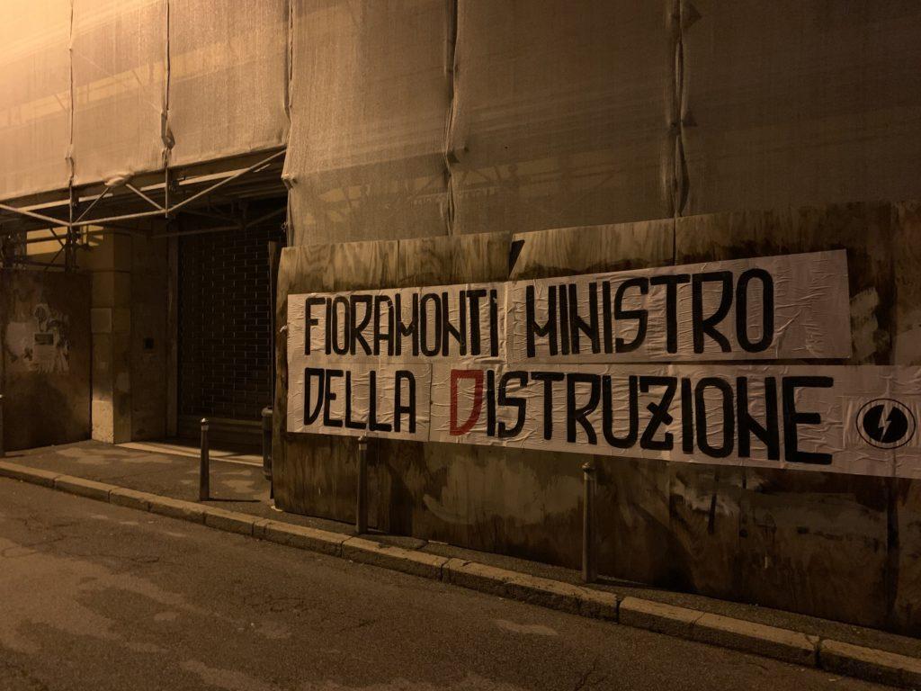 blocco studentesco azione contro ministro lorenzo finamonti greta ambiente distruzione verona