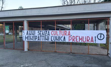 Blocco Studentesco Torino richiede a gran voce la riapertura della biblioteca Carluccio