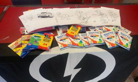 Blocco Studentesco dona materiale scolastico ad un'associazione nel veronese che ospita bambini orfani