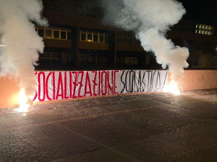 IL BLOCCO STUDENTESCO PESARO PRESENTA LA SOCIALIZZAZIONE SCOLASTICA
