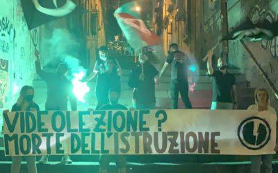 BLOCCO STUDENTESCO NAPOLI PROTESTA CONTRO LA DAD