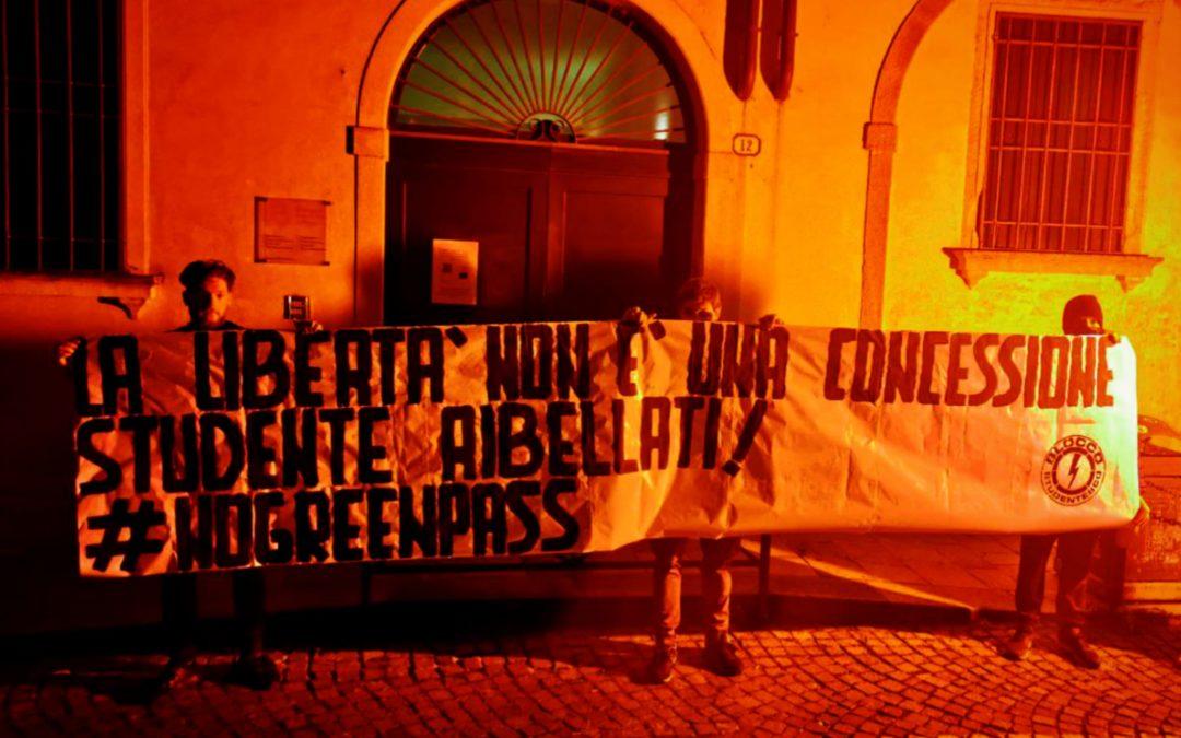 BLOCCO STUDENTESCO PADOVA PROTESTA CONTRO L'OBBLIGO DEL GREEN PASS ALL'UNIVERSITÀ