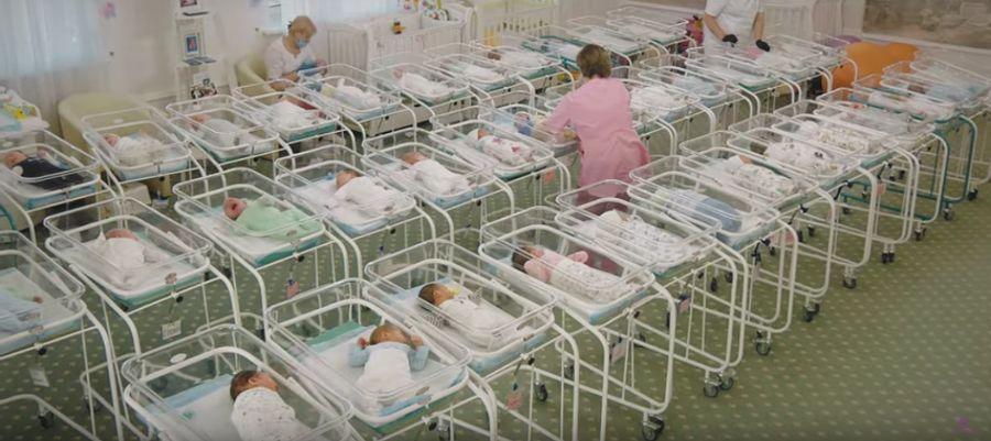 la fabbrica dei bambini