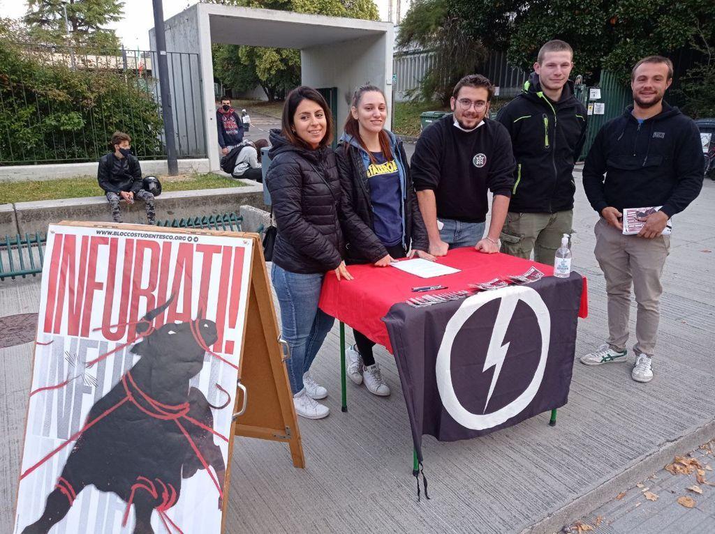 blocco studentesco 2 ottobre banchetto pordenone