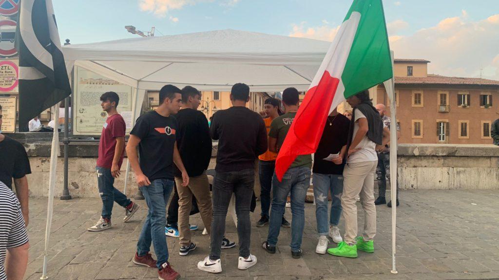 blocco studentesco 2 ottobre banchetto rieti