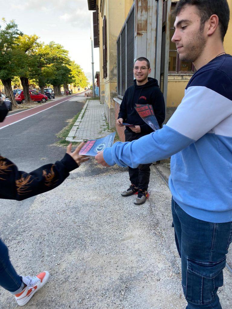 blocco studentesco rieti 4 ottobre mantieni la distanza dalle finestre 4