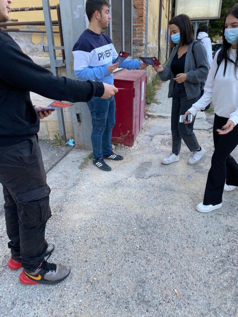 blocco studentesco rieti 4 ottobre mantieni la distanza dalle finestre 5