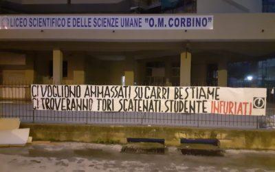 BLOCCO STUDENTESCO SIRACUSA PROTESTA PER IL POTENZIAMENTO DEI TRASPORTI LOCALI