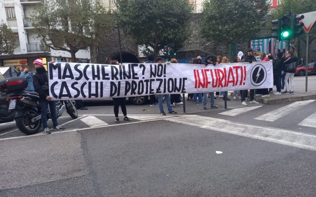 blocco studentesco trieste protesta liceo petrarca 3