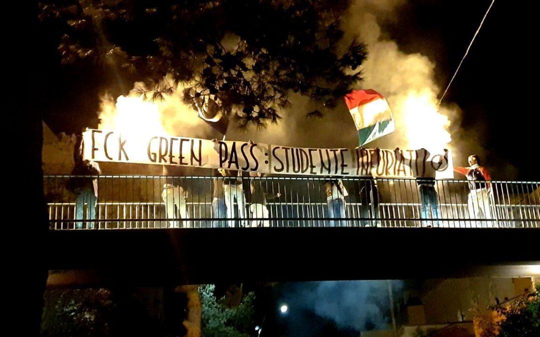 BLOCCO STUDENTESCO LECCE: GREEN PASS STRUMENTO DI RICATTO POLITICO